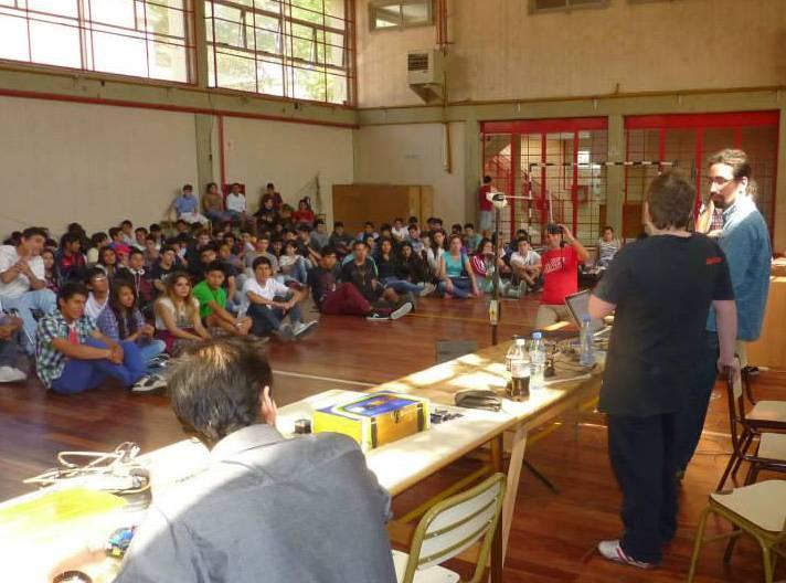 Charla sobre Arduino en la Escuela Técnica Nº 7, CABA