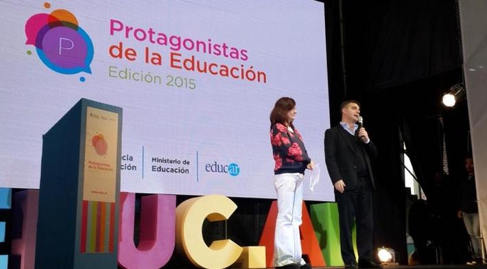 El gerente General de Educ.ar S. E., Rubén D`Audía, y la coordinadora de contenidos del portal educ.ar, Cecilia Sagol, dieron la bienvenida a los docentes.